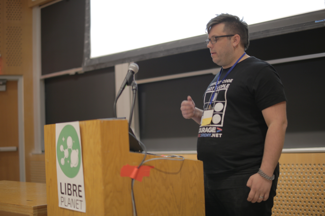 Image for Privacy_MS.png - LibrePlanet 2016 Sessions