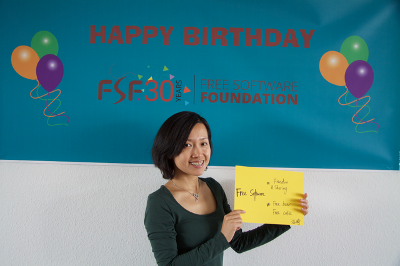 A woman at the FSFE FSF30 party