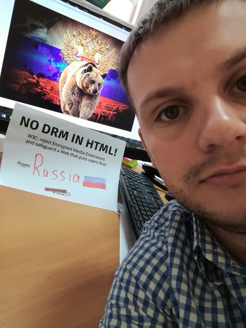 Image for Russia: Selfie against DRM in Web standards!