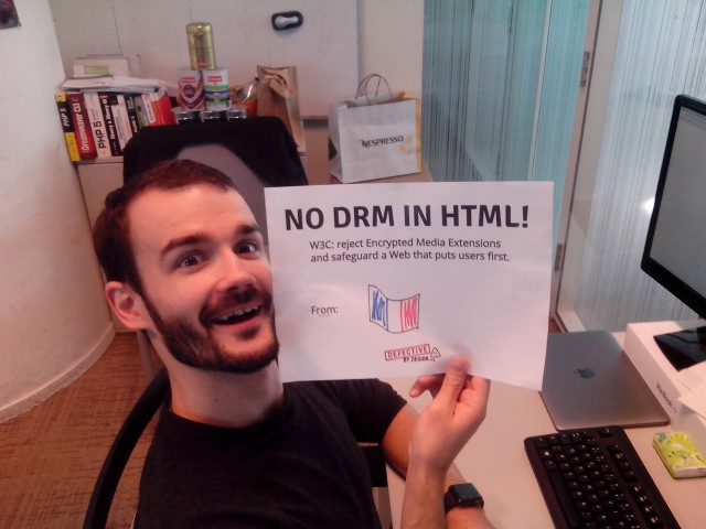 Image for France: Selfie against DRM in Web standards