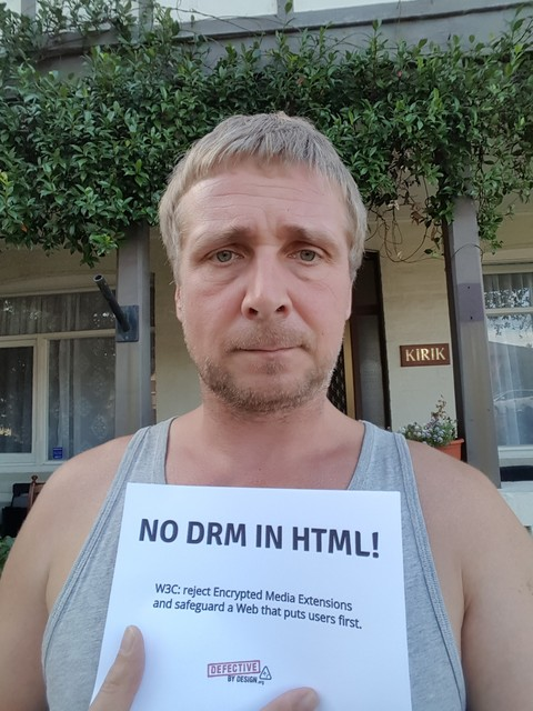 Image for Sydney, Australia selfie against DRM in Web standards
