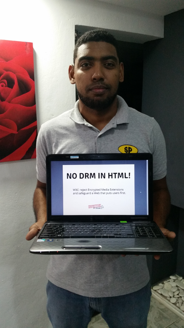 Image for Santo Domingo, Dominican Republic -- Selfie against DRM in Web standards
